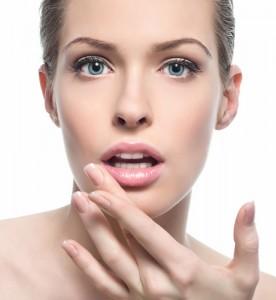 oro gold cosmetics lip care