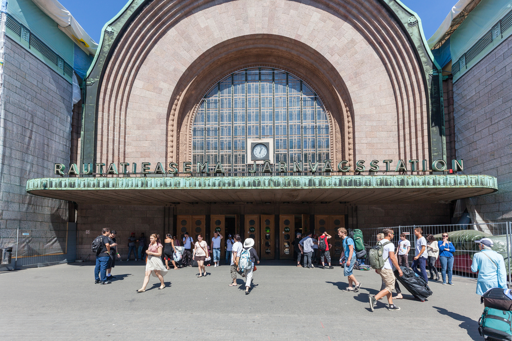 People walking in front of Helsinki's main train station