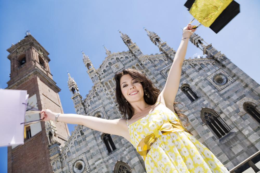 Italian woman shopping in Milan