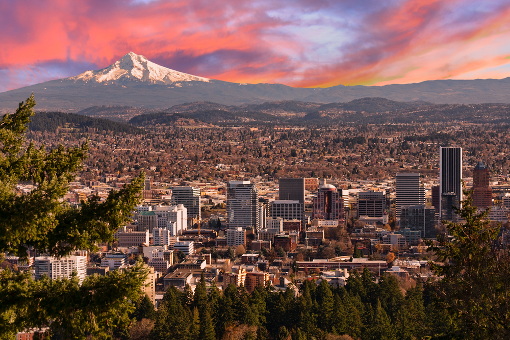 Sunrise views of Portland taken from the Pittock Mansion,