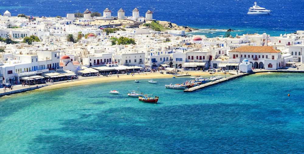 Exotic views of the Mykonos Island in Greene.