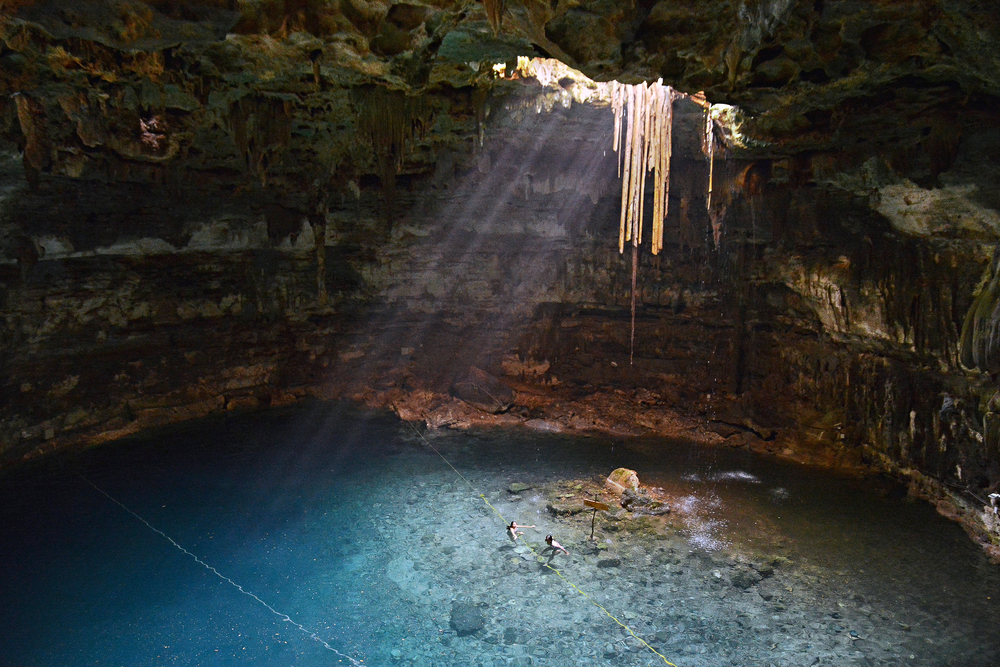 Cenote Samula, Mexico