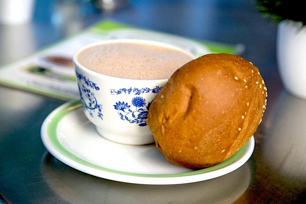 chocolate with Oaxaca bread