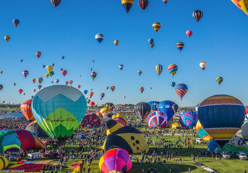 Albuquerque, NM - October 5, 2013 - Mass ascension begins at the annual Albuquerque Balloon Fiesta.